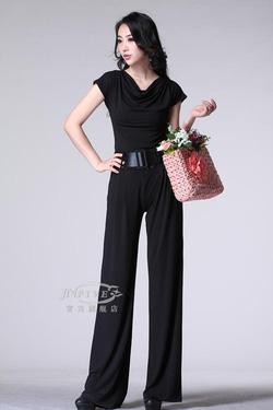 Ảnh số 11: Jumpsuit dài đen DB32 - Giá: 300.000