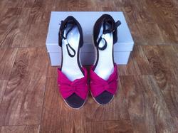 Ảnh số 44: sandal xuong - Giá: 450.000