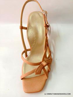 Ảnh số 41: Sandal cao gót Việt Nam xuất khẩu X12 size35,5 và 38 - Giá: 470.000