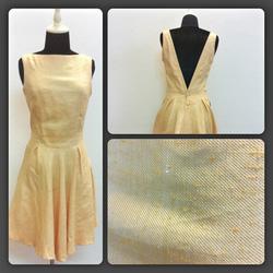 Ảnh số 16: Váy thô vàng - Giá: 550.000