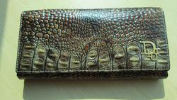 Ảnh số 91: Ví Dior vân cá sấu - Giá: 320.000