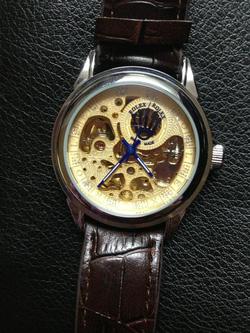 Ảnh số 16: đồng hồ cơ - Giá: 330.000