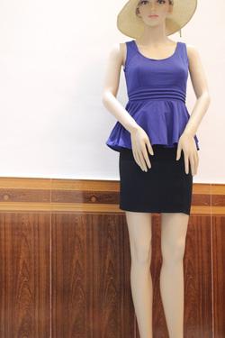 Ảnh số 19: Áo công sở. Chân váy Zara - Giá: 550.000