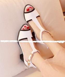 Ảnh số 40: Giày sandals hở mũi 5cm - Giá: 230.000