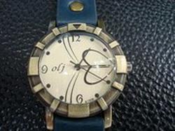Ảnh số 3: Đồng hồ Olj trái tim - Giá: 89.000