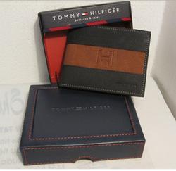 Ảnh số 43: B76 Tommy Hilfiger - Giá: 650.000
