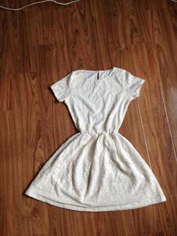 Ảnh số 14: váy  - Giá: 180.000