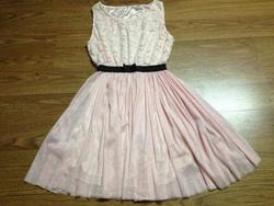 Ảnh số 70: Váy ren - Giá: 120.000