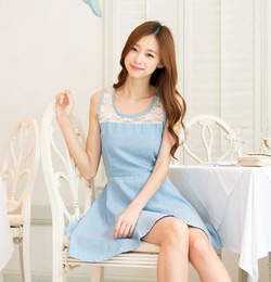 Ảnh số 94: Váy denim pha ren - Giá: 205.000