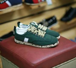 Ảnh số 68: sneaker - Giá: 3.500.000