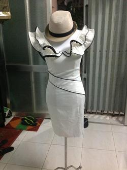 Ảnh số 17: Đầm tiệc màu trắng - Giá: 100.000