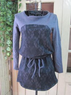 Ảnh số 78: Áo váy dáng dài, thắt eo hoặc để suông, chất len pha ren, màu tím - 180k - Giá: 180.000
