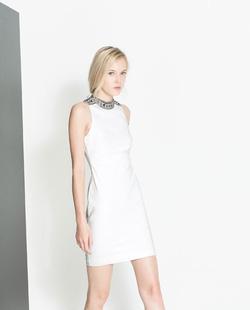 Ảnh số 29: Zara white dress - Giá: 1.350.000