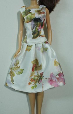 Ảnh số 16: đầm in hoa - Giá: 30.000