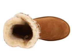 Ảnh số 2: bốt HIỆU UGG VIỆT NAM xuất Mỹ với lớp lót bên trong là lông cừu, bên ngoài là 1 lông mịn mượt mà nên đi cực ấm nhẹ nhàng thoải mái. hàng xuất xịn mỗi - Giá: 390.000