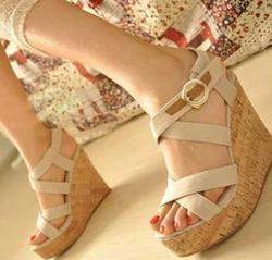 Ảnh số 23: sandal xuồng ( có sẵn size 35,36) - Giá: 260.000