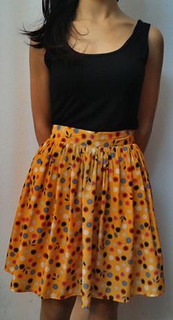 Ảnh số 50: Chân váy hoa vải lụa, 2lớp, 2 túi hông - Giá: 225.000