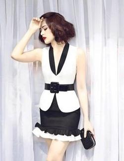 Ảnh số 48: Váy trắng viền đen, có2 loại có tay và sát nách nhé - Giá: 500.000