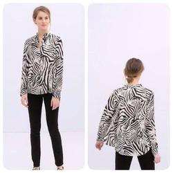 Ảnh số 78: Sơ mi xẻ lưng Zara TQXK - Giá: 290.000