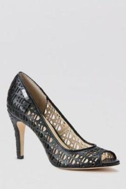 Ảnh số 1: Calvin klein size 7 Giày pump da thật , màu đen dạng lưới  Cao 9cm - Giá: 2.800.000