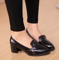 Ảnh số 68: Giày cao gót vans ca rô - Giá: 260.000