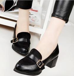 Ảnh số 79: Giày cao gót vintage 1 khóa - Giá: 240.000