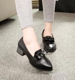 Ảnh số 97: Giày cao gót vintage nơ - Giá: 150.000