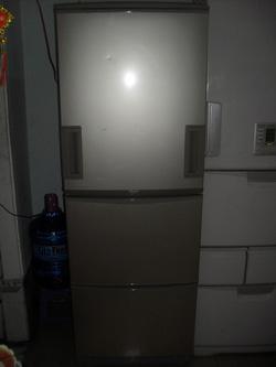 Ảnh số 5: Tủ lạnh Sharp SJ-WA35H-C 345 lít inverter tiết kiệm điện - Giá: 6.000.000