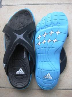 Ảnh số 100: Dép bàn chân Adidas - Giá: 255.000