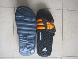 Ảnh số 66: Dép Adidas - Giá: 230.000