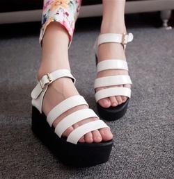 Ảnh số 69: Giày sandals chiến binh quai ngang - Giá: 250.000