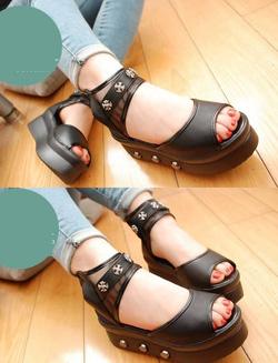 Ảnh số 76: Giày sandals bánh mì quai ngang d&acircy đ&iacutenh kim loại - 270K - Giá: 270.000
