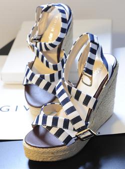 Ảnh số 79: sandal xuồng - Giá: 420.000