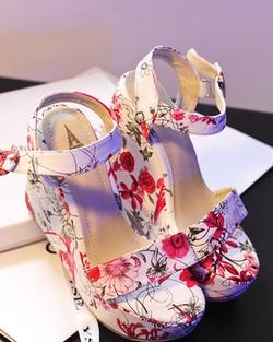 Ảnh số 78: sandal xuồng - Giá: 420.000
