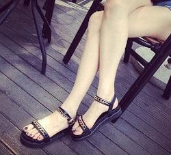 Ảnh số 24: Giày sandals bánh mì dây xích - Giá: 260.000