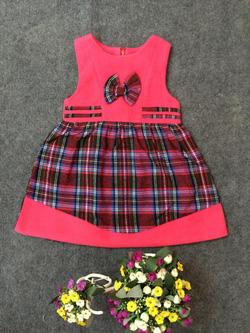 Ảnh số 85: Váy dạ kẻ phối màu - Giá: 10.000