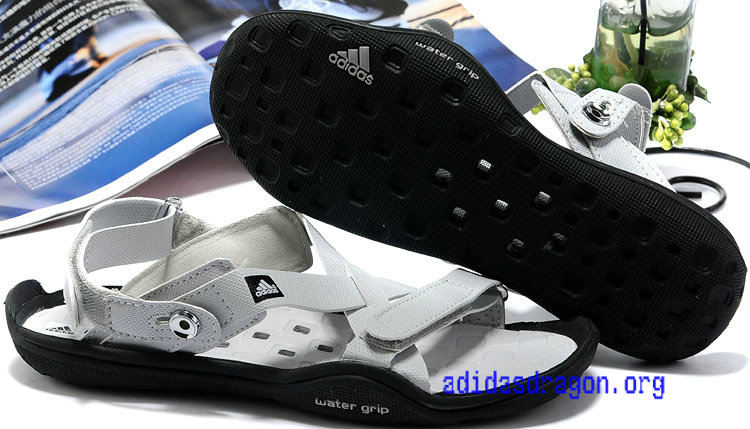 20120517152057_adidas_water_grip_sandals_cool_grey_.jpg