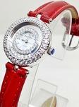 Hãy làm nổi bật cánh tay của bạn với Đồng Hồ Nữ 2D5 Khâm Thiên. Đồng hồ thời trang giá rẻ nhất thị trường. Click click