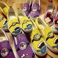 Giày vẽ tay siêu độc chỉ có tại Mít Shop