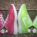 Giày Nike sóng nhạc cho bạn nữ