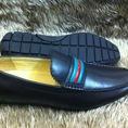 Ngọc Giay Topic 2 chuyên tất cả các loại giày hiệu Dolce,Louis Vuitton,Gucci,hàng về liên tục,giá gốc đến tay khách.