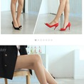 Em có đôi giày đẹp muốn bán ạ :x