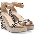 Đã về rất nhiều mẫu sandals, giầy mới nhất, hàng có sẵn. Đẹp và cực rẻ. Bán buôn, bán lẻ.
