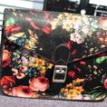 Túi xách in hoa nữ thời