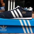 Adidas Dragon các màu : đen, xanh dương , xanh biển , trắng , đỏ , xanh lá , tím than .Hàng mới về giá 650K full box