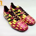 Giày đá bóng adidas