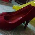 Topic3:giày,quần áo so hot để giá rẻ thanh lí cho hêt đây
