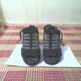Cần bán giày cũ