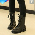 Up thêm boot, giày cho thu đông