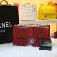 Túi Xách Chanel Maxi cổ điển da rắn sang trọng độc đáo, đang hot và được nhiều tín đồ thời trang ưa chuộng